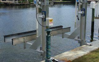 boat lift Palm Beach County